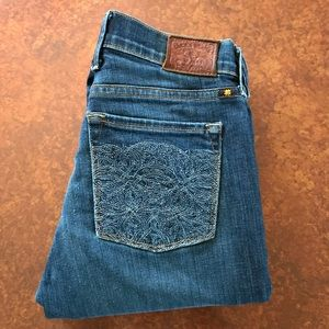 Lucky brand Sofia boot cut 2/26 R embroidered pckt
